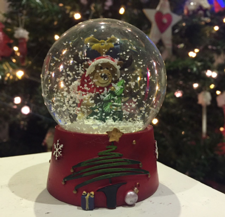 Small Reindeer Christmas Snow globe ~ Glass Waterball with Reindeer & Gifts
